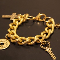 Love_Is_Key_Charm_Bracelet